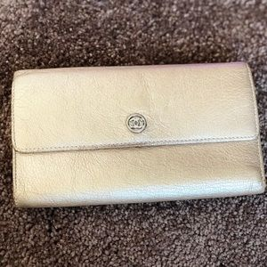 Authentic chanel long wallet,gold